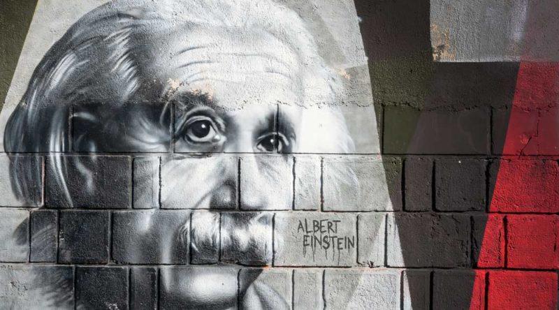 25 frases incríveis de Albert Einstein para você se inspirar nesse gênio
