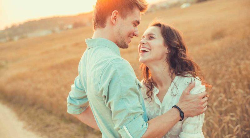 60 frases de amor para namorada para lembrá-la do quanto ela é especial para você