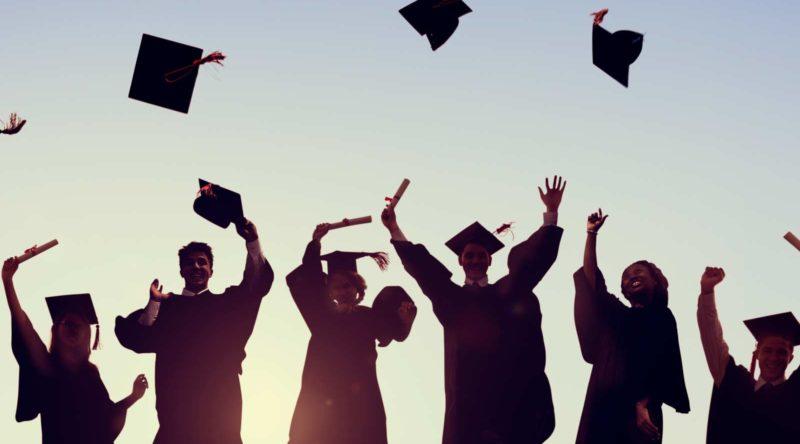 72 frases de formatura para parabenizar a conquista dos formandos