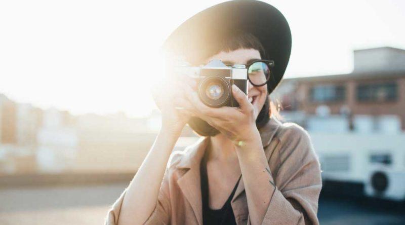 Atualize suas redes sociais e aproveite estas 66 frases para foto