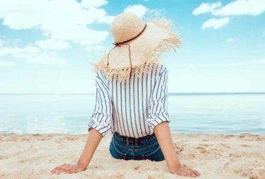 Ouça as ondas e sinta a maresia com estas 58 frases de praia