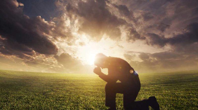 40 frases de reflexão de Deus para elevar seu pensamento a Ele