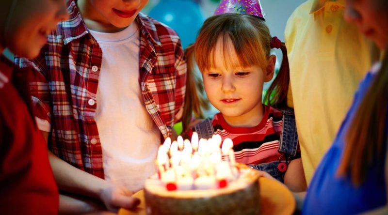46 frases de aniversário para sobrinha para fazê-la se sentir muito especial